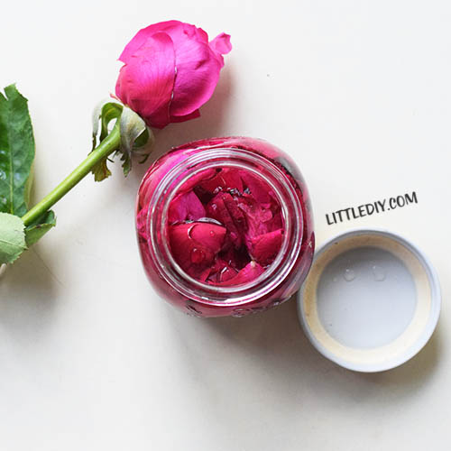 HOMEMADE ROSE OIL FOR SMOOTH SKIN AND HAIR