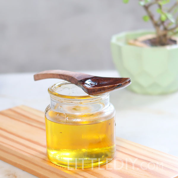 CASTOR OIL FOR FASTER AND THICKER HAIR GROWTH